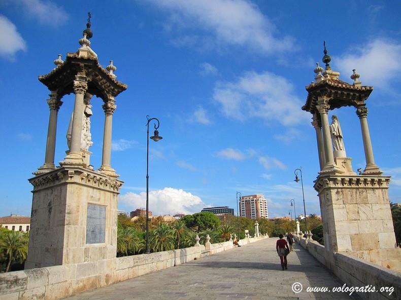 diario di viaggio a valencia ponte turia