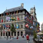 Come raggiungere Anversa dall'aeroporto di Bruxelles risparmiando il 50%
