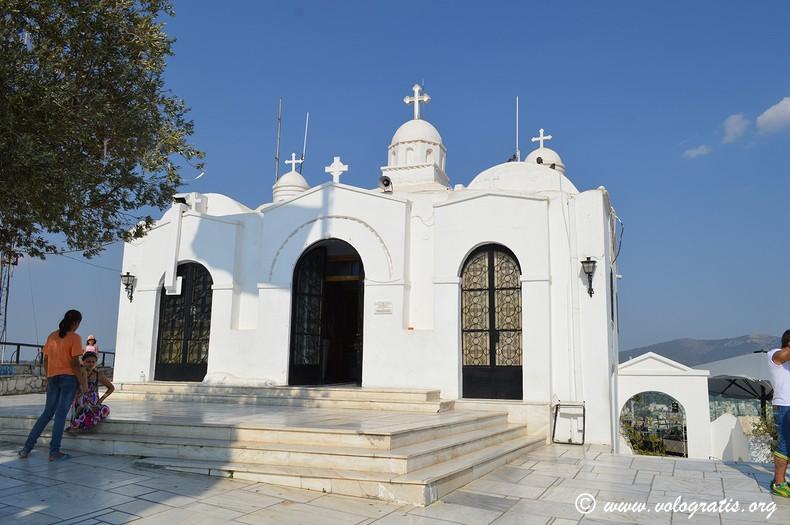 chiesa in cima al licabetto