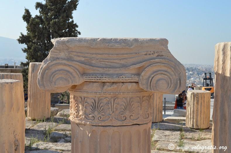 colonna acropoli viaggio ad atene