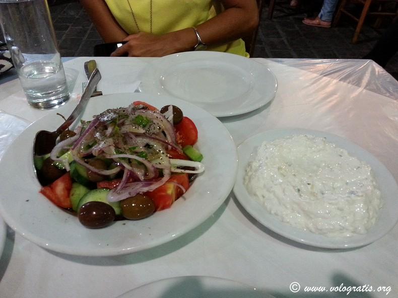 tzatzigi e insalata greca da bairaktaris atene