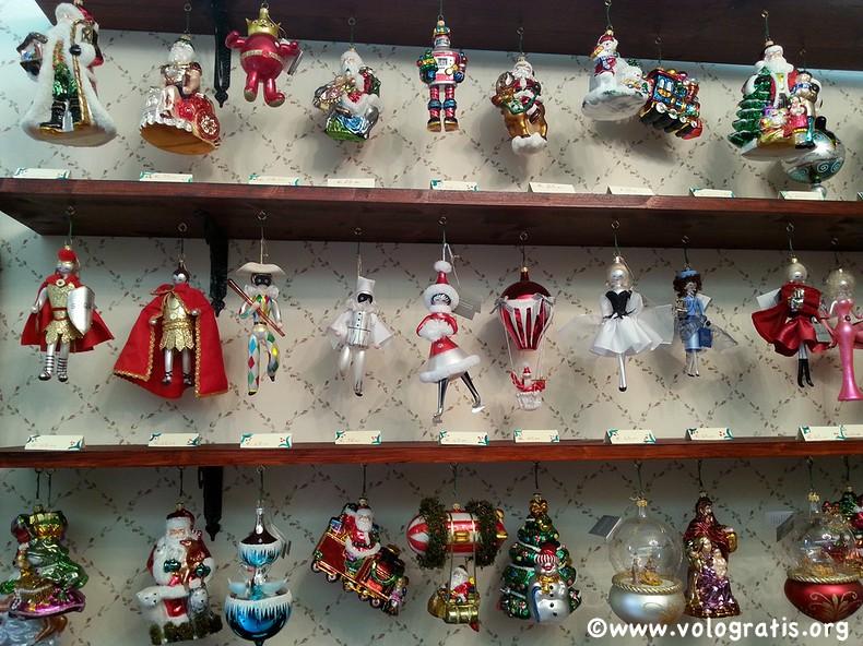 decorazioni sempre natale roma via della scrofa