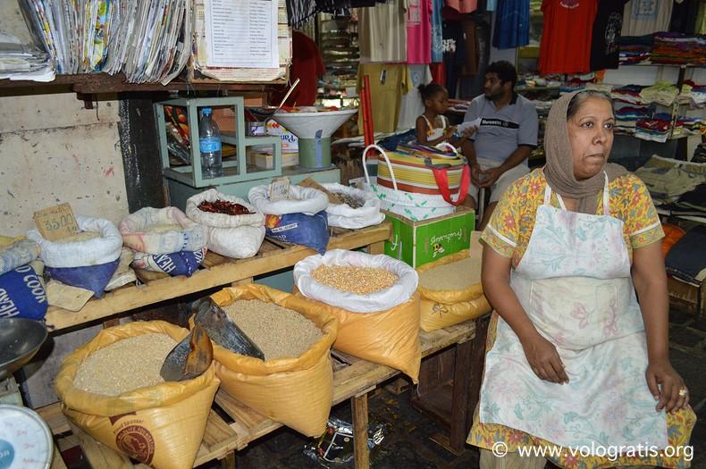 viaggio a mauritius mercato di port louis 3