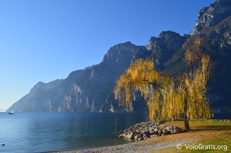 lungo lago riva del garda