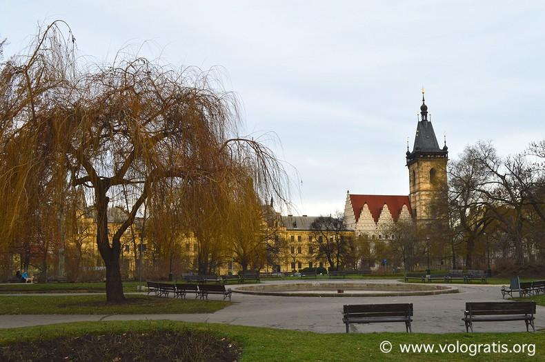 diario di viaggio praga romantica municipio nuovo