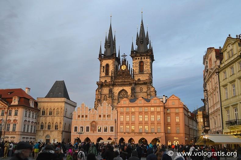 diario di viaggio praga piazza della città vecchia
