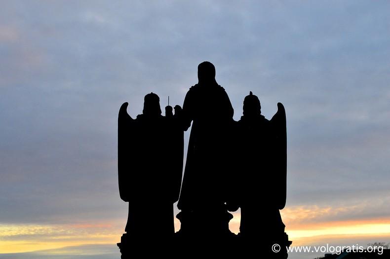 statue ponte viaggio praga