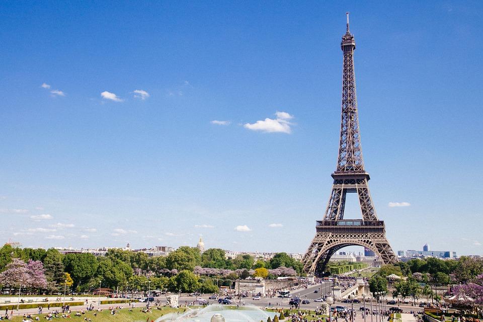 Voli low cost per la Francia da 12 euro e scontati del 20%