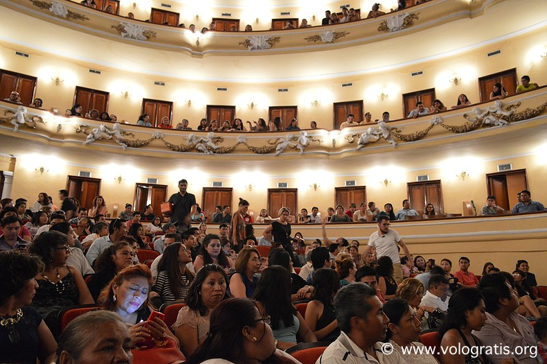 diario di viaggio yucatan merida teatro