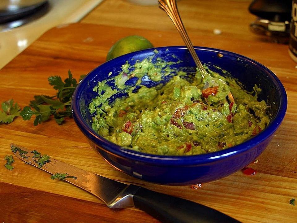Guacamole: ricetta e curiosità della salsa più famosa del Messico