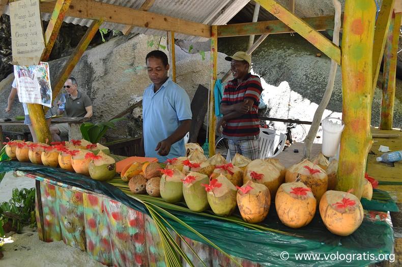 chiosco cocco alle seychelles