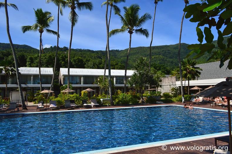 piscina avani seychelles