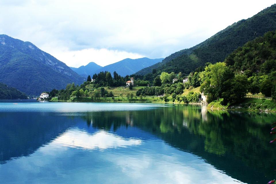 laghi piu belli del trentino ledro