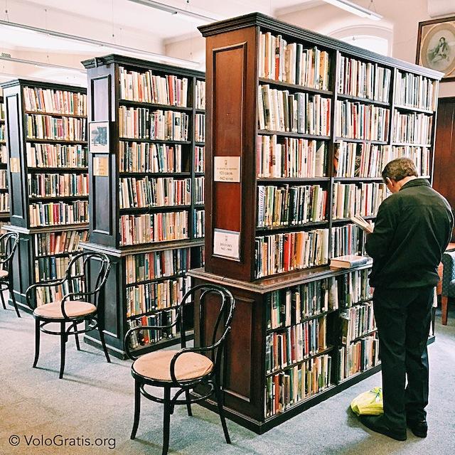 foto belfast linen hall library