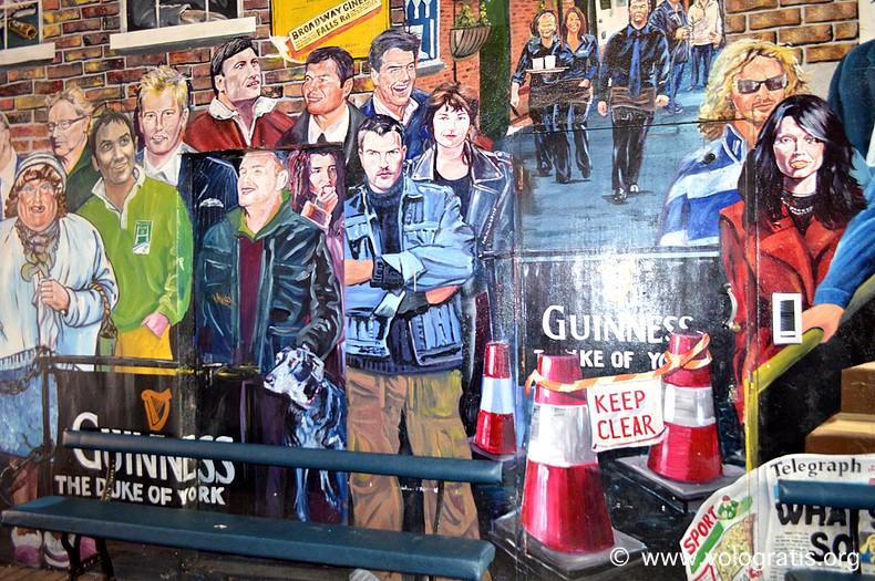 foto belfast murales troubles
