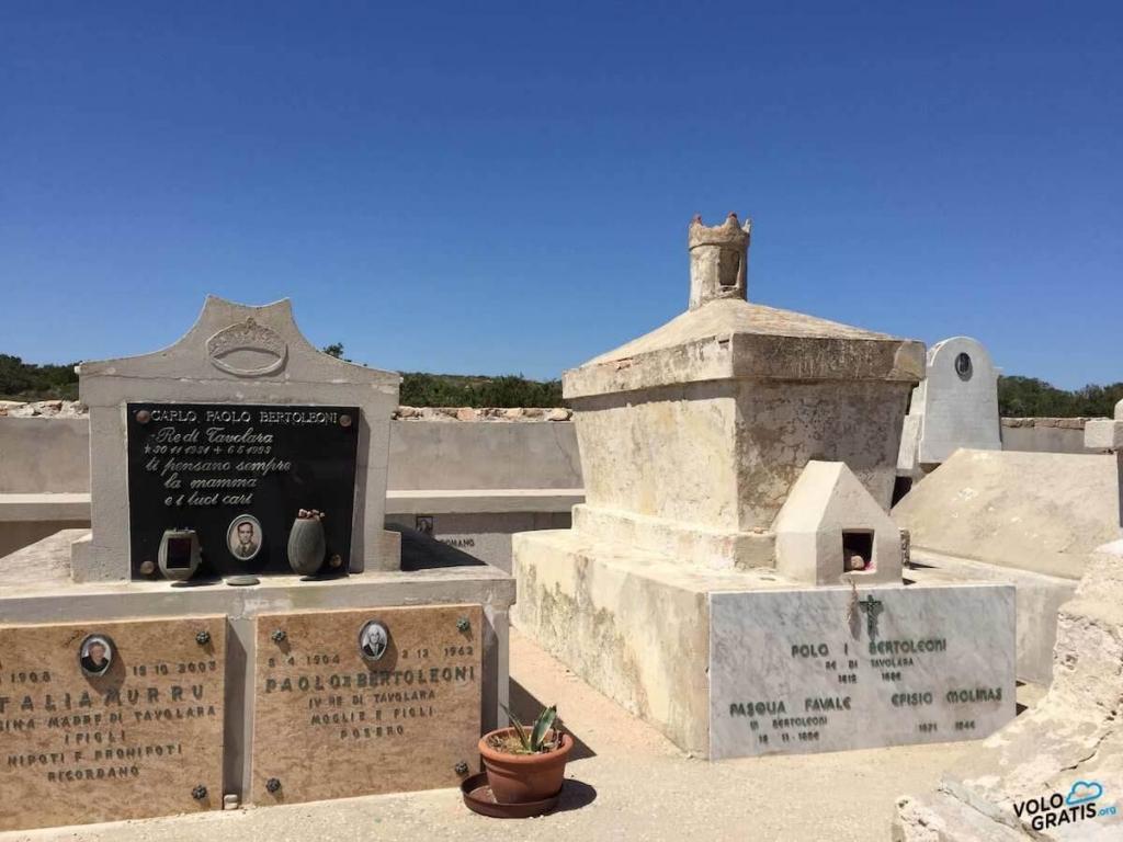 tombe reali isola tavolara