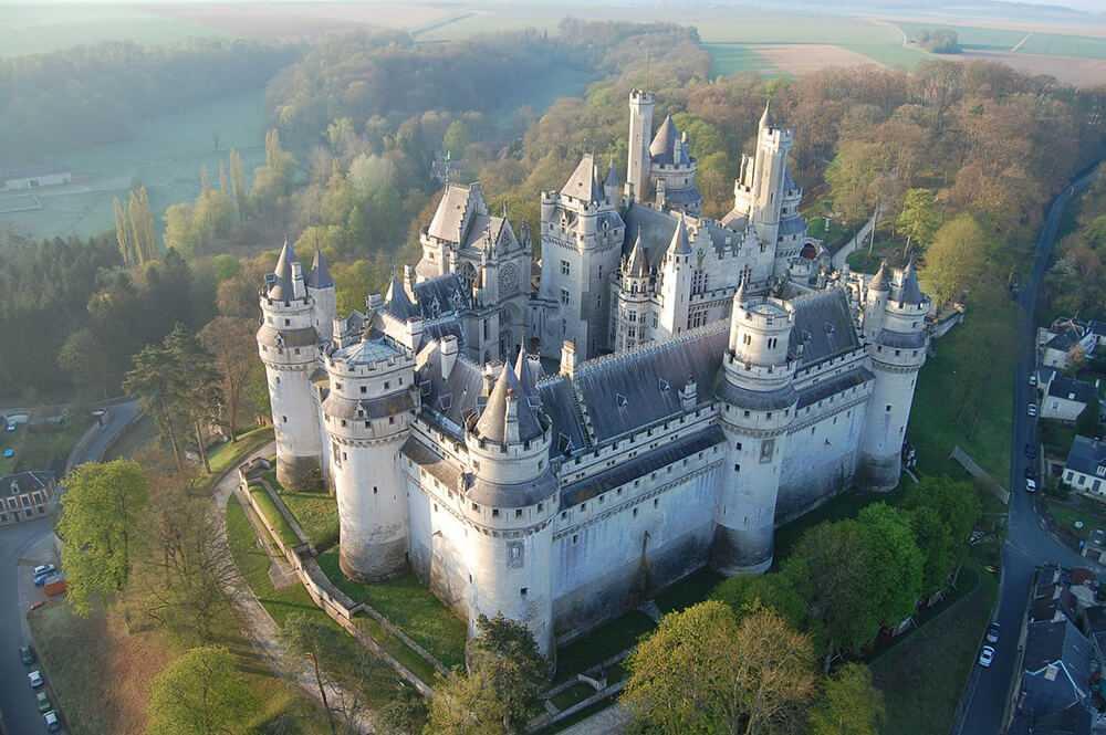 Il Castello di Pierrefonds - Piccardia