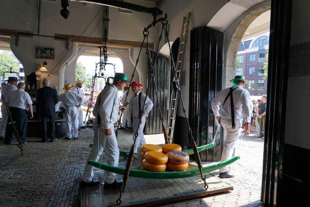 mercato-formaggio-olanda-alkmaar