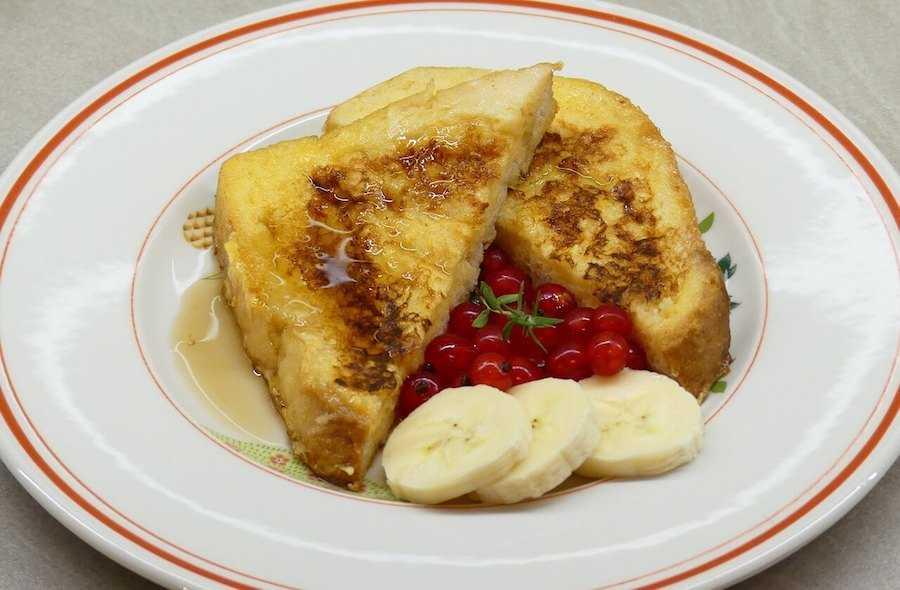 colazione americana french toast