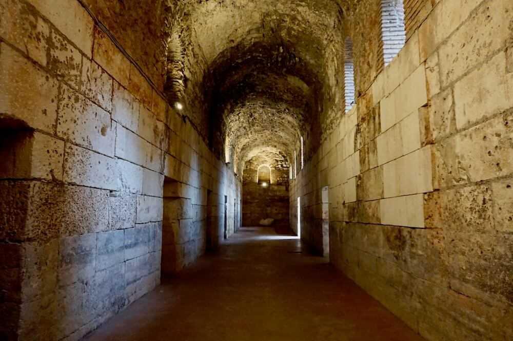spalato sotterranei palazzo diocleziano