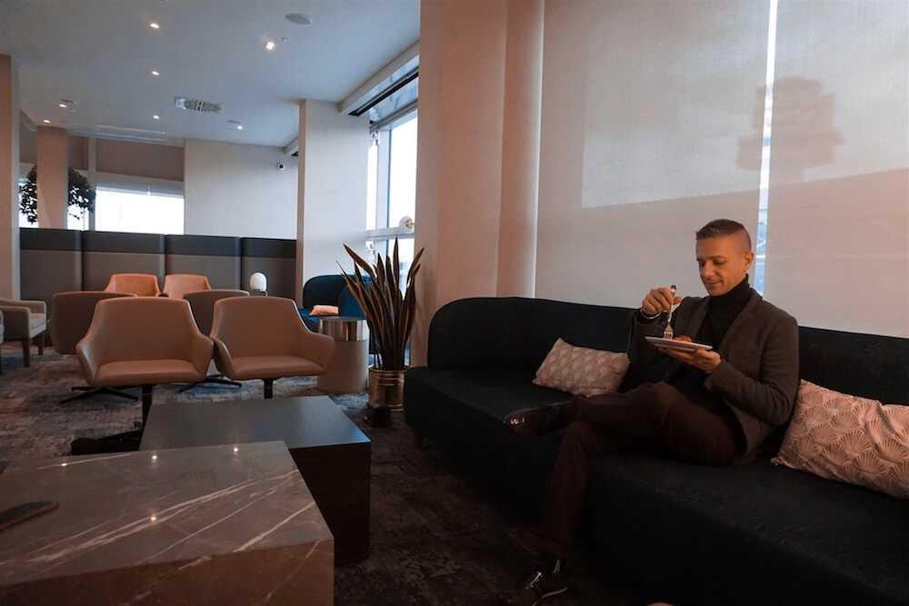 plaza premium lounge andrea petroni 4