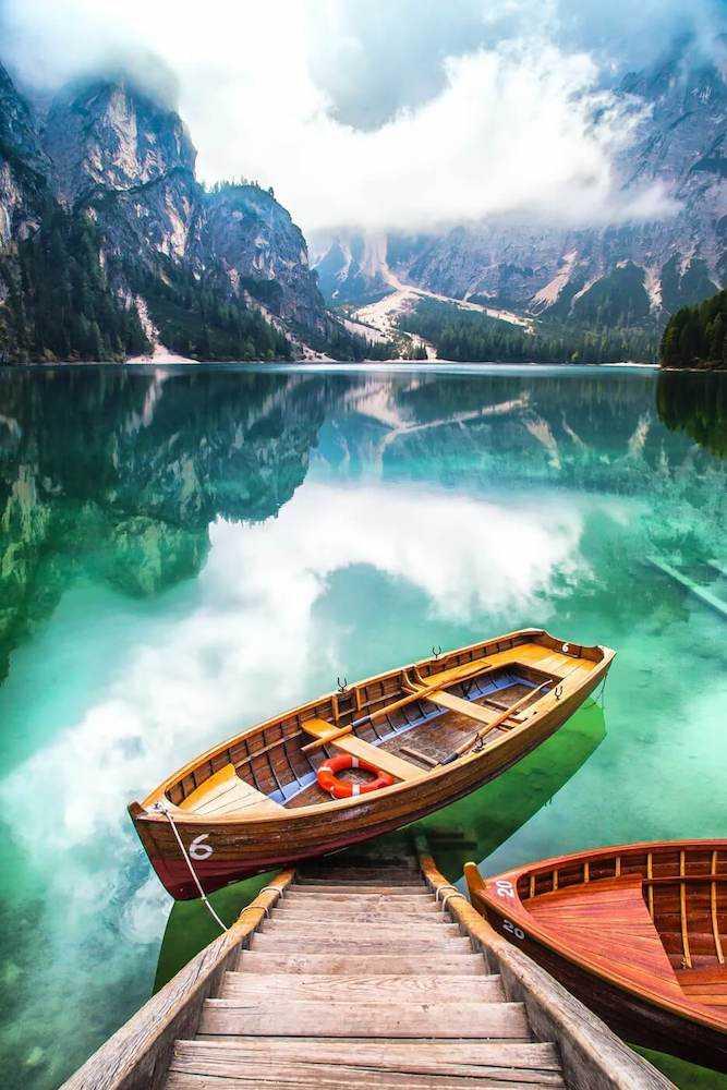 lago di braies dove si trova
