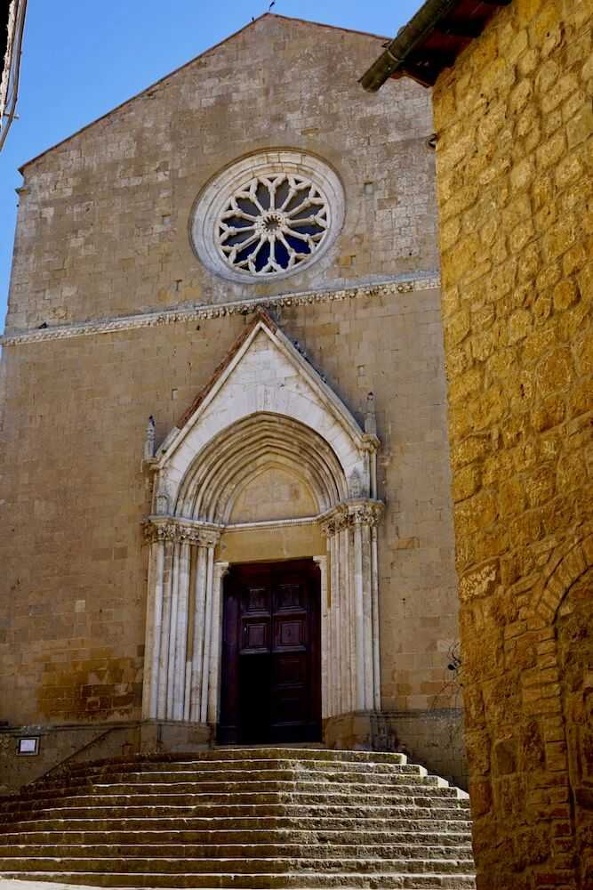 monticchiello chiesa