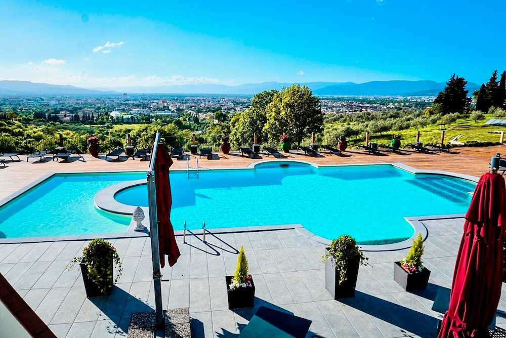 villa tolomei piscina 2